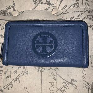 Tory Burch Amanda Zip Around Wallet